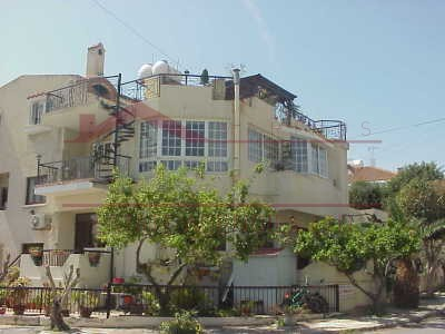 Larnaca property , House  in Kamares