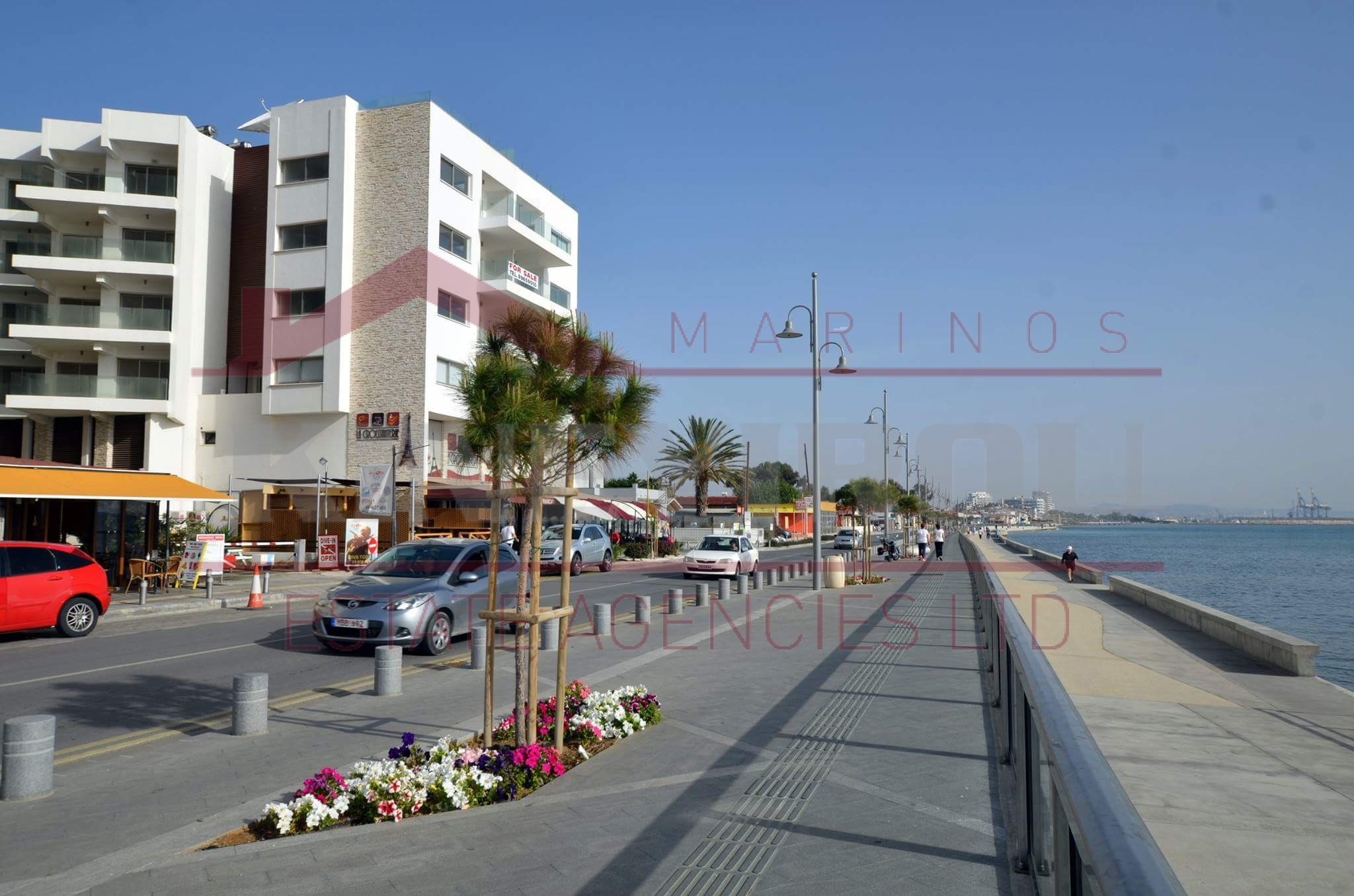 For sale apartment in Makenzy , Larnaca