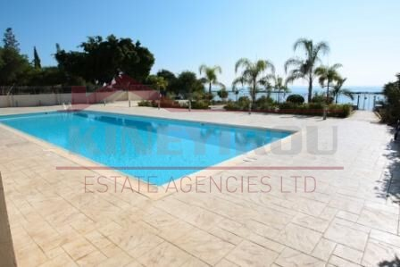 For sale apartment in Limassol - - Larnaca properties