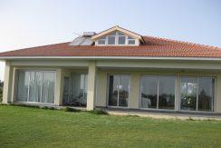 For sale house in Kiti