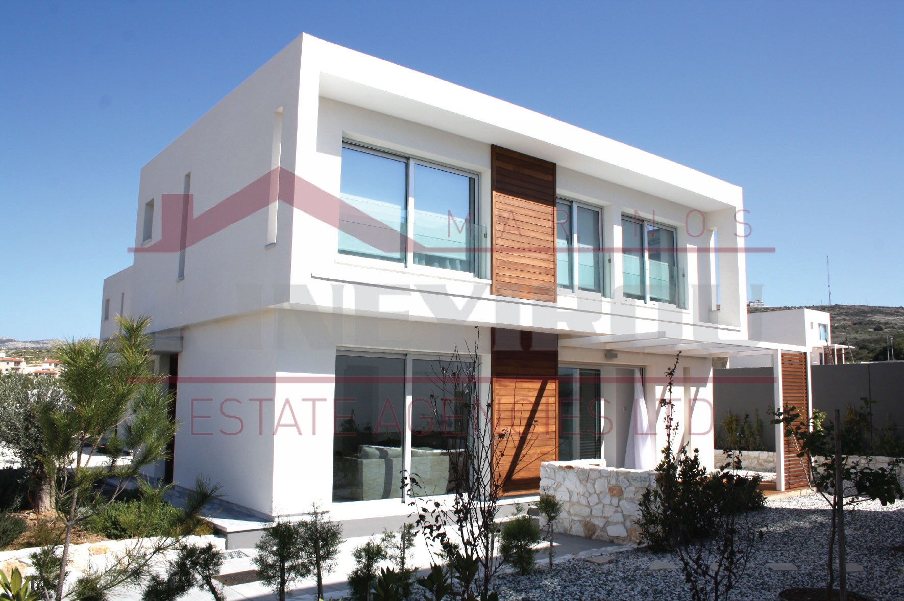 Property in Cyprus for sale – three bedrooms villa in Konia, Paphos