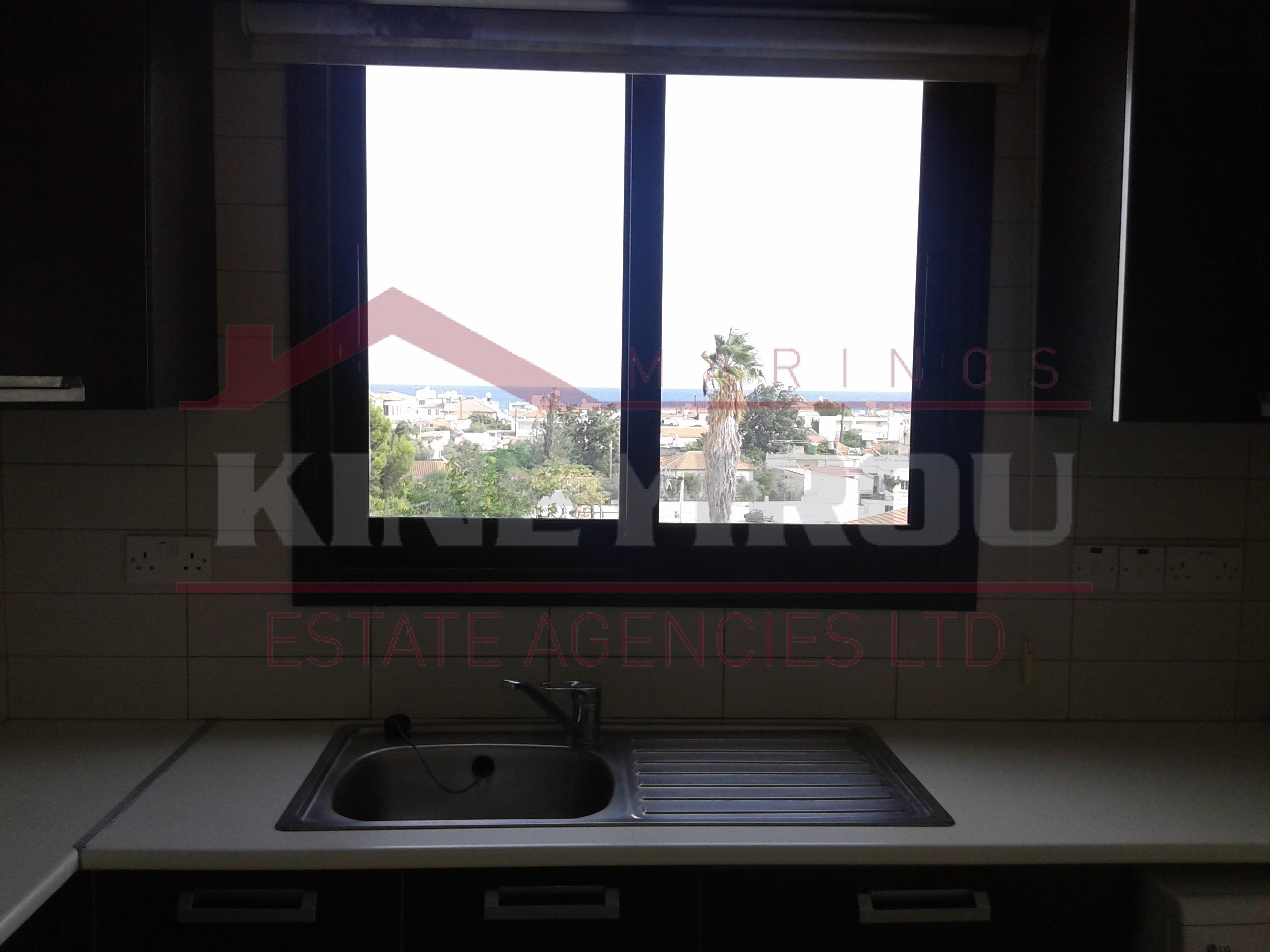 2 bedroom apartment for rent in the center of Larnaca