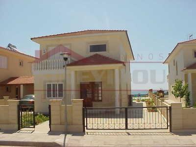 Luxury villa for rent in Larnaca