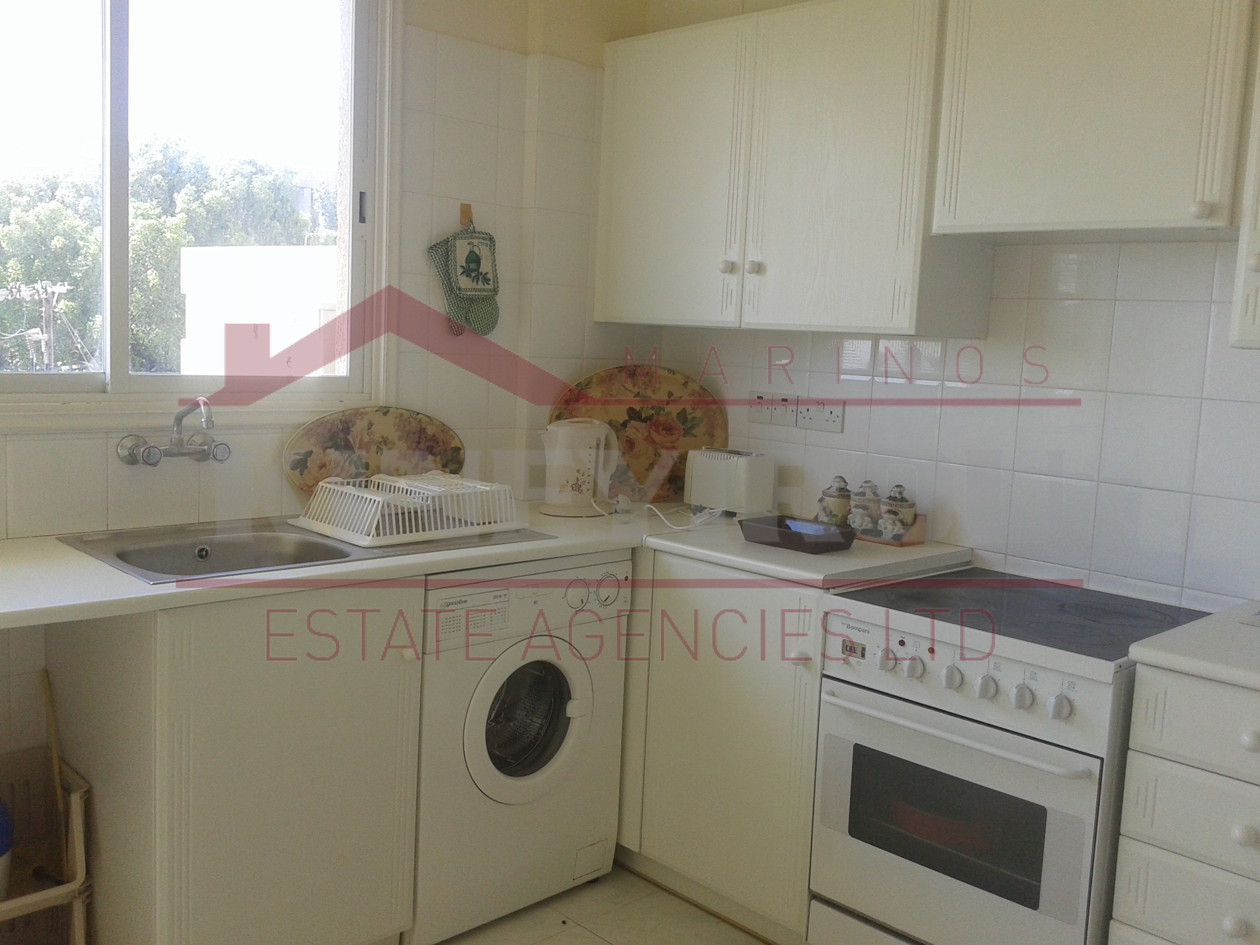 Spacious Three Bedroom Apartment for rent in Makenzy, Larnaca