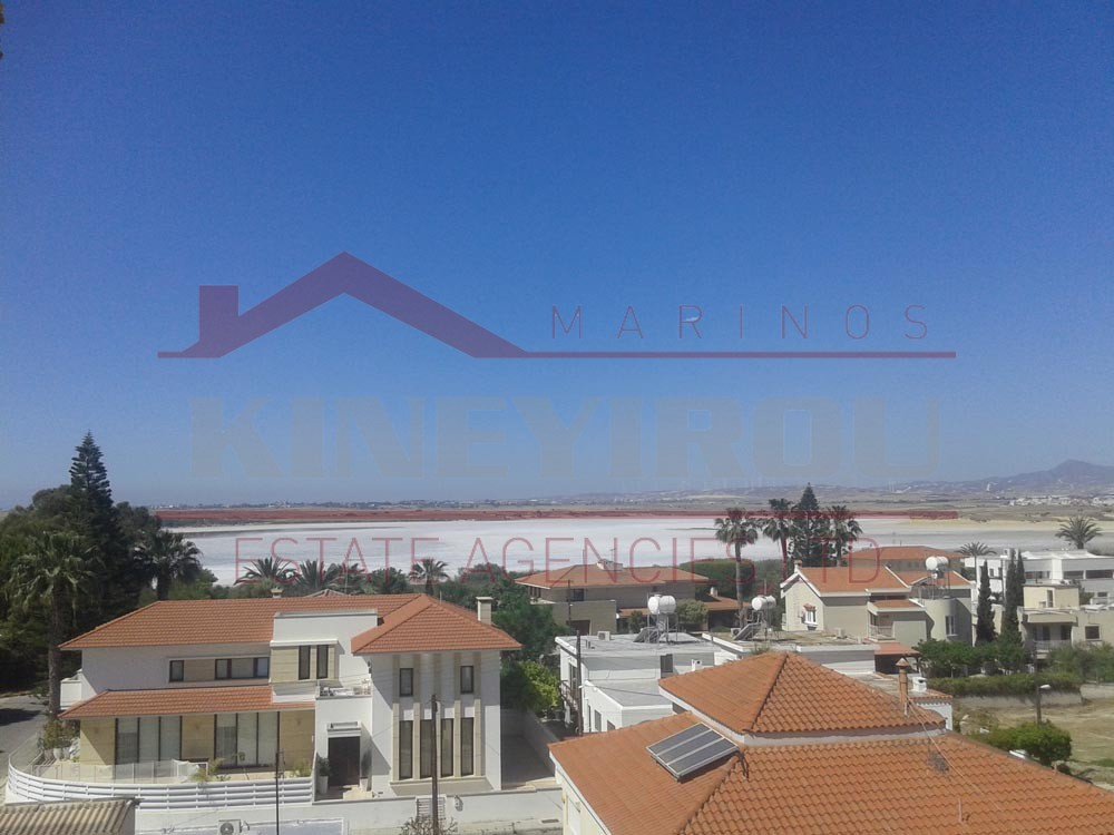 Three bedroom apartment in Faneromeni, Larnaca