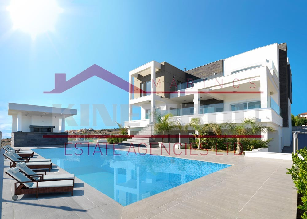 Luxury 5 bedroom villa for sale in Limassol