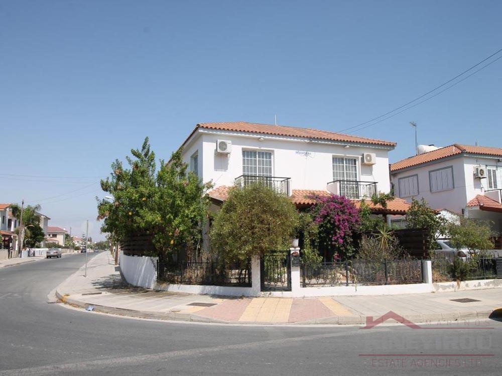 3 Bedroom house for sale in Dekelia Road, Larnaca
