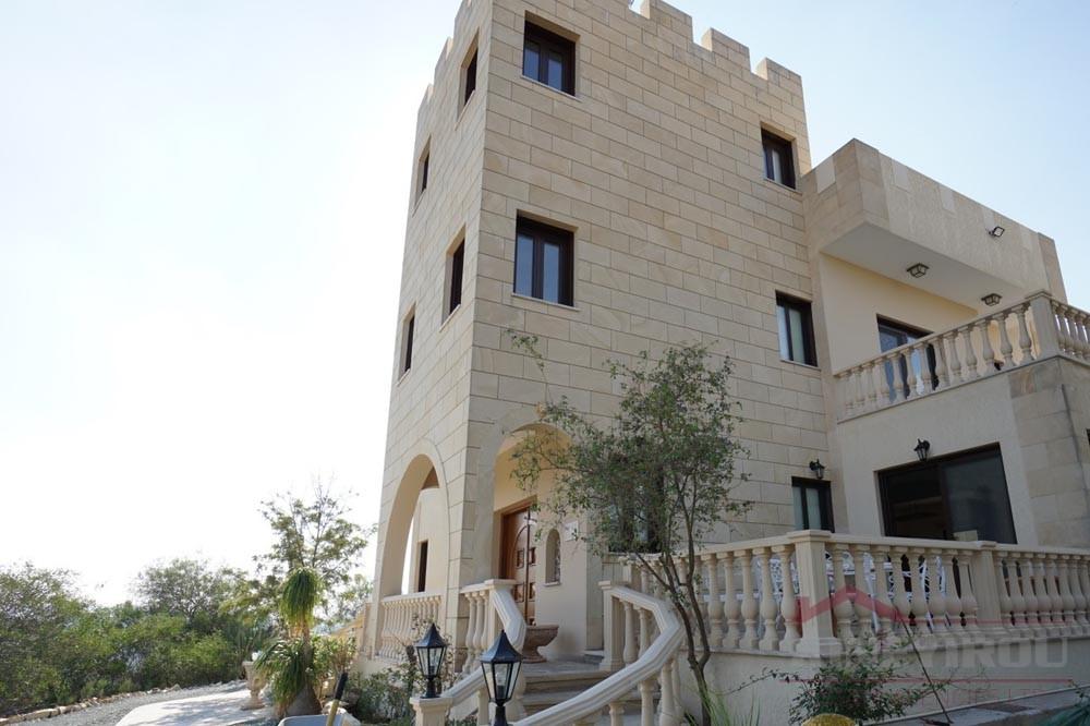 Luxury 4 Bedroom House For Rent in Nicosia-Alhambra