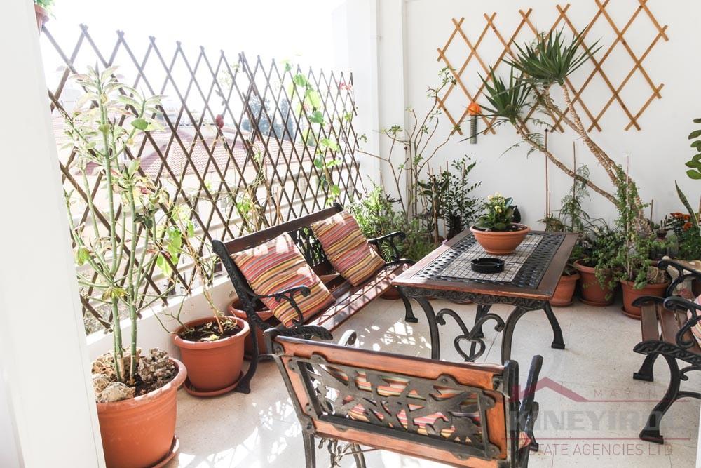 Beautiful three bedroom apartment for sale in Larnaca, Proodromos