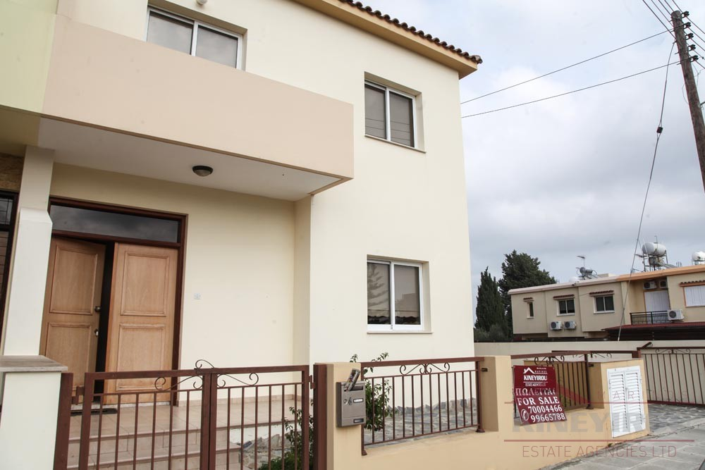 Spacious Four bedroom House for sale in Meneou, Larnaca