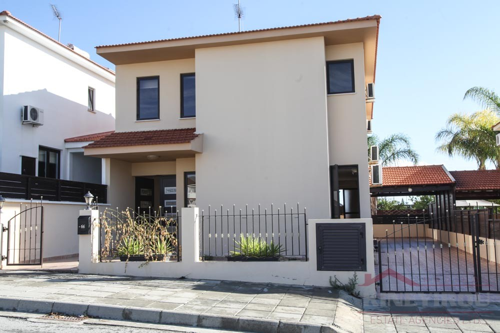 4 bedroom unfurnished house for sale in Aradippou, Larnaca