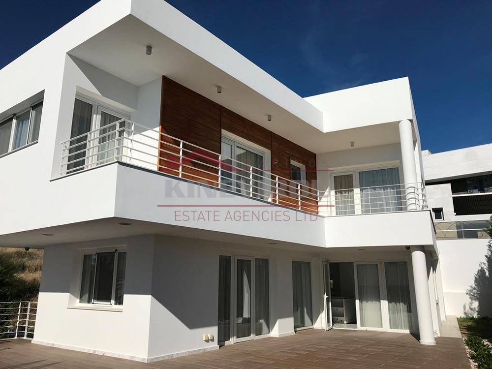 House  in Agios Tichonas, Limassol