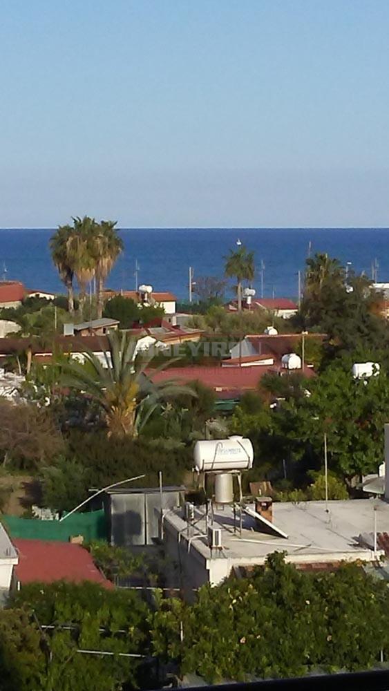 Apartment For Sale in Makenzie – Larnaca