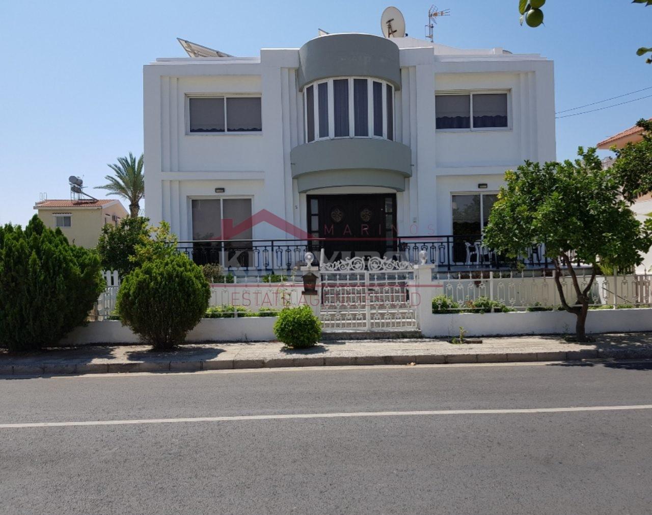 House For Sale in Dekhelia – Larnaca