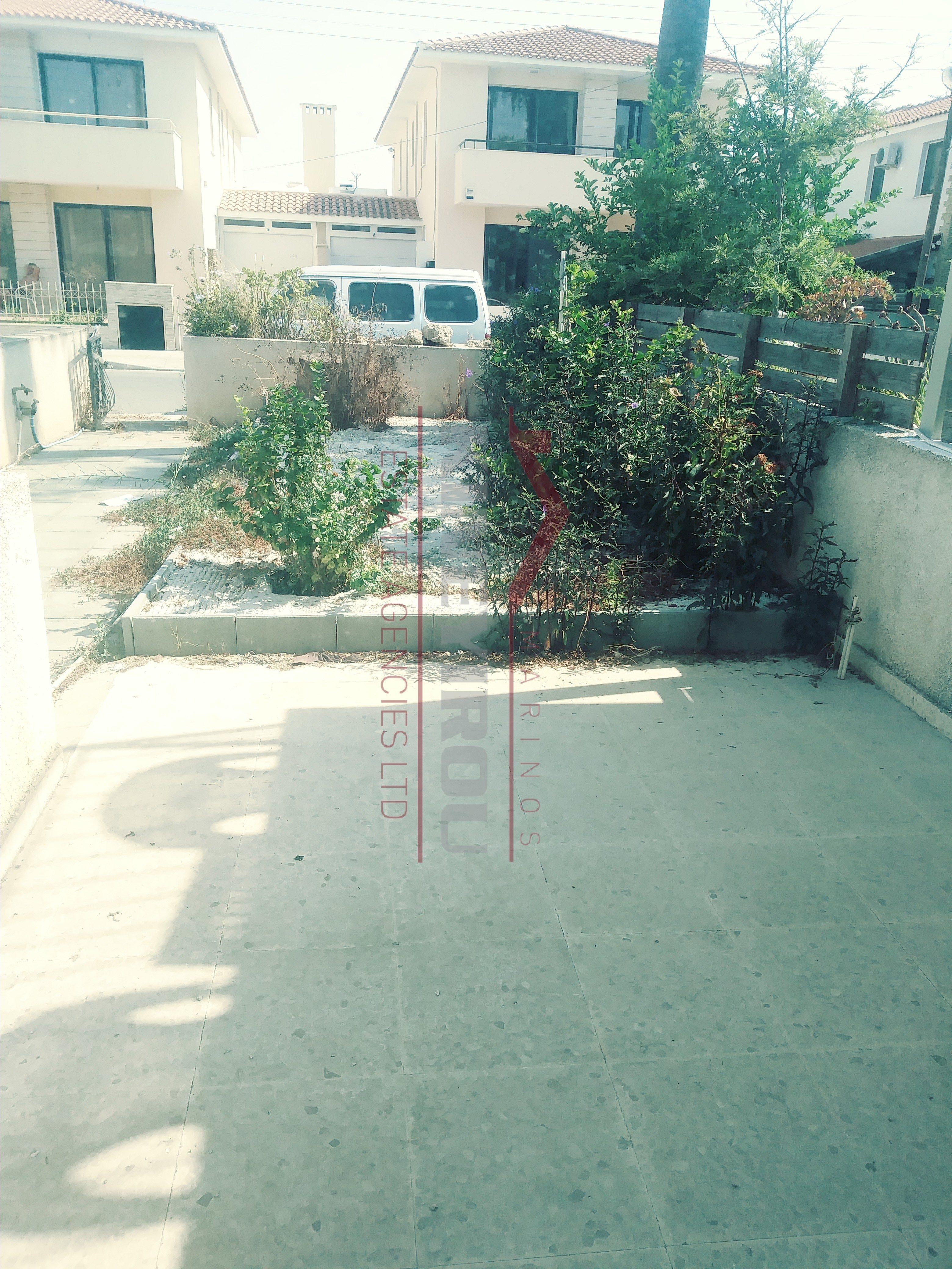 2 bedroom house for sale, Dekelia Road, Larnaca