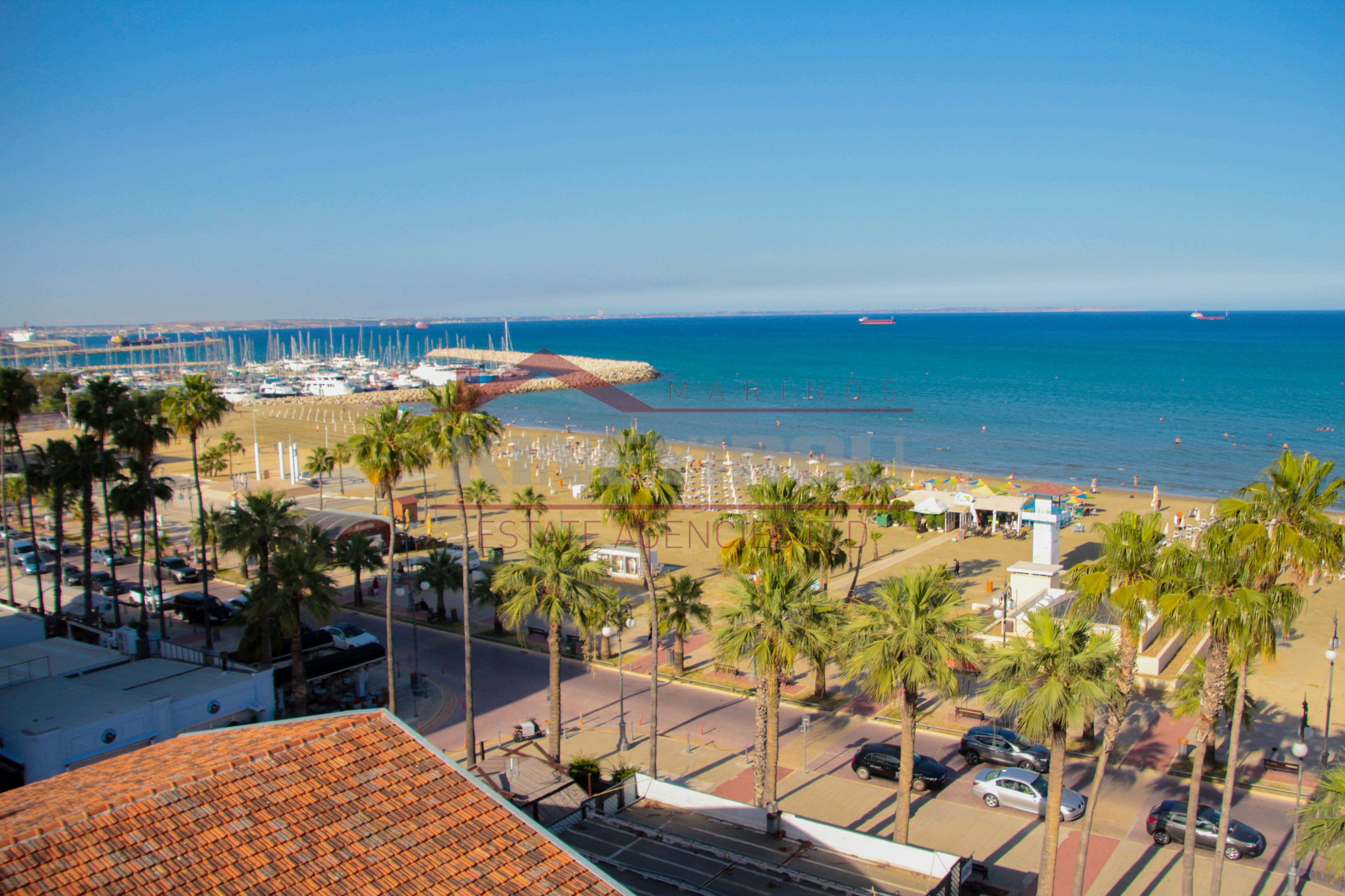 One Bedroom Apartment in Finikoudes with sea view