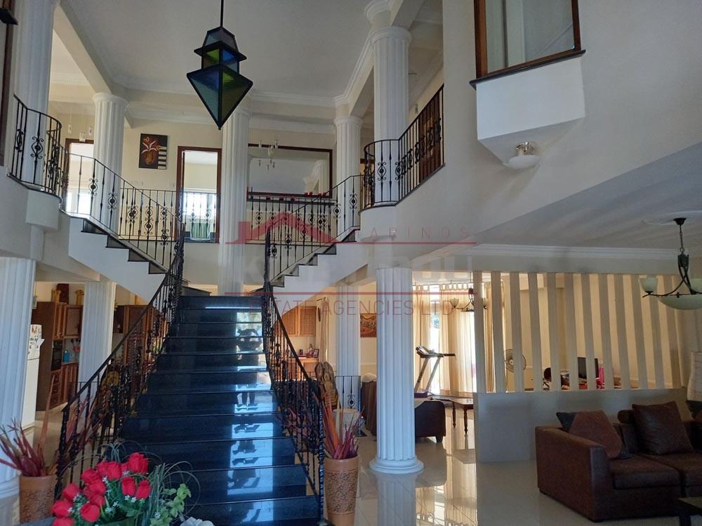 Luxury Five Bedroom House in Pyla, Larnaca