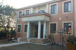 5 bedroom house for sale in Oroklini