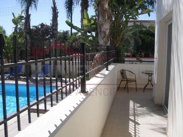 Larnaca property, Ground Floor Apartment in Kiti