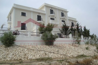 Luxury house in Anglisides , Larnaca