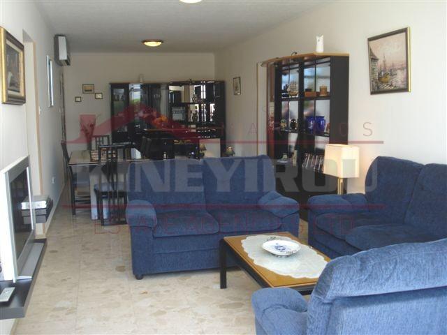 Limassol property, 3 bedroom Apartment