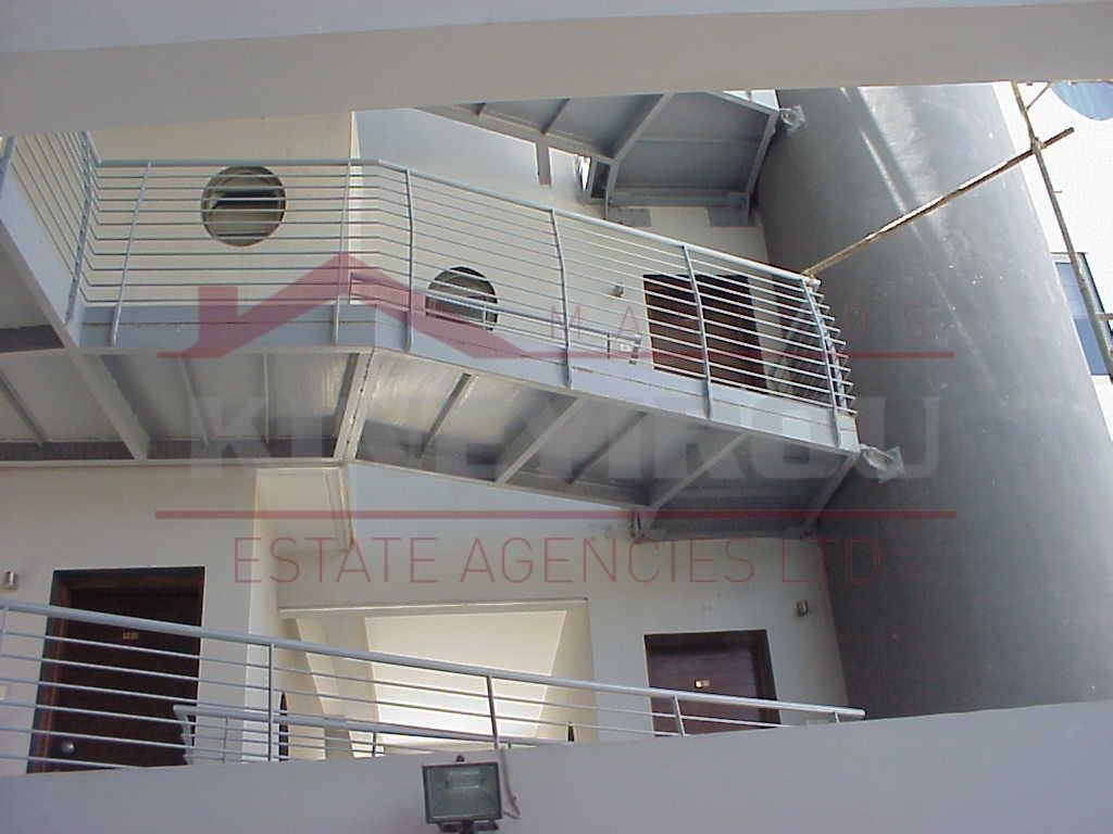 Three bedroom apartment in town center , Larnaca