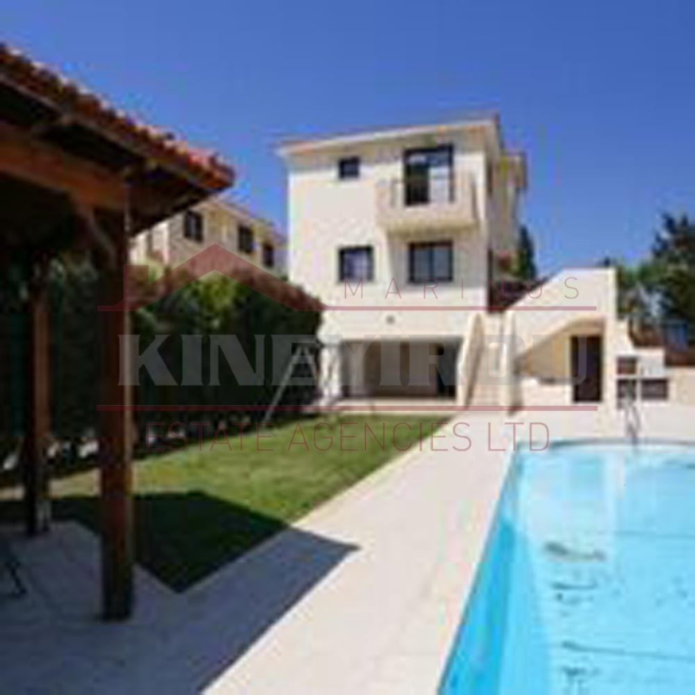 Larnaca Property-4 bedroom house in Pyla.