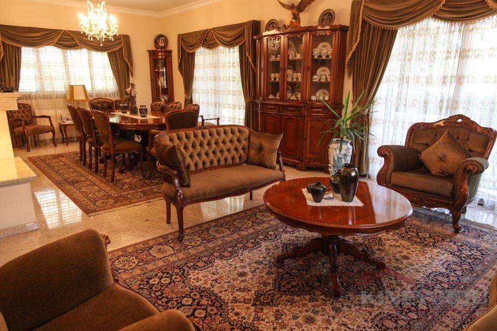 Luxury five bedroom house in Larnaca, Faneromeni