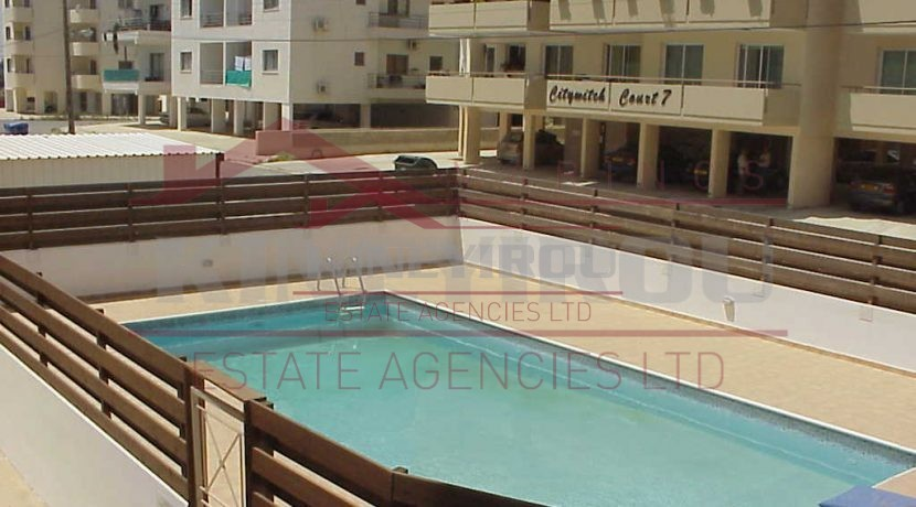 Wonderful 2 bedroom apartment in Makenzie, Larnaca
