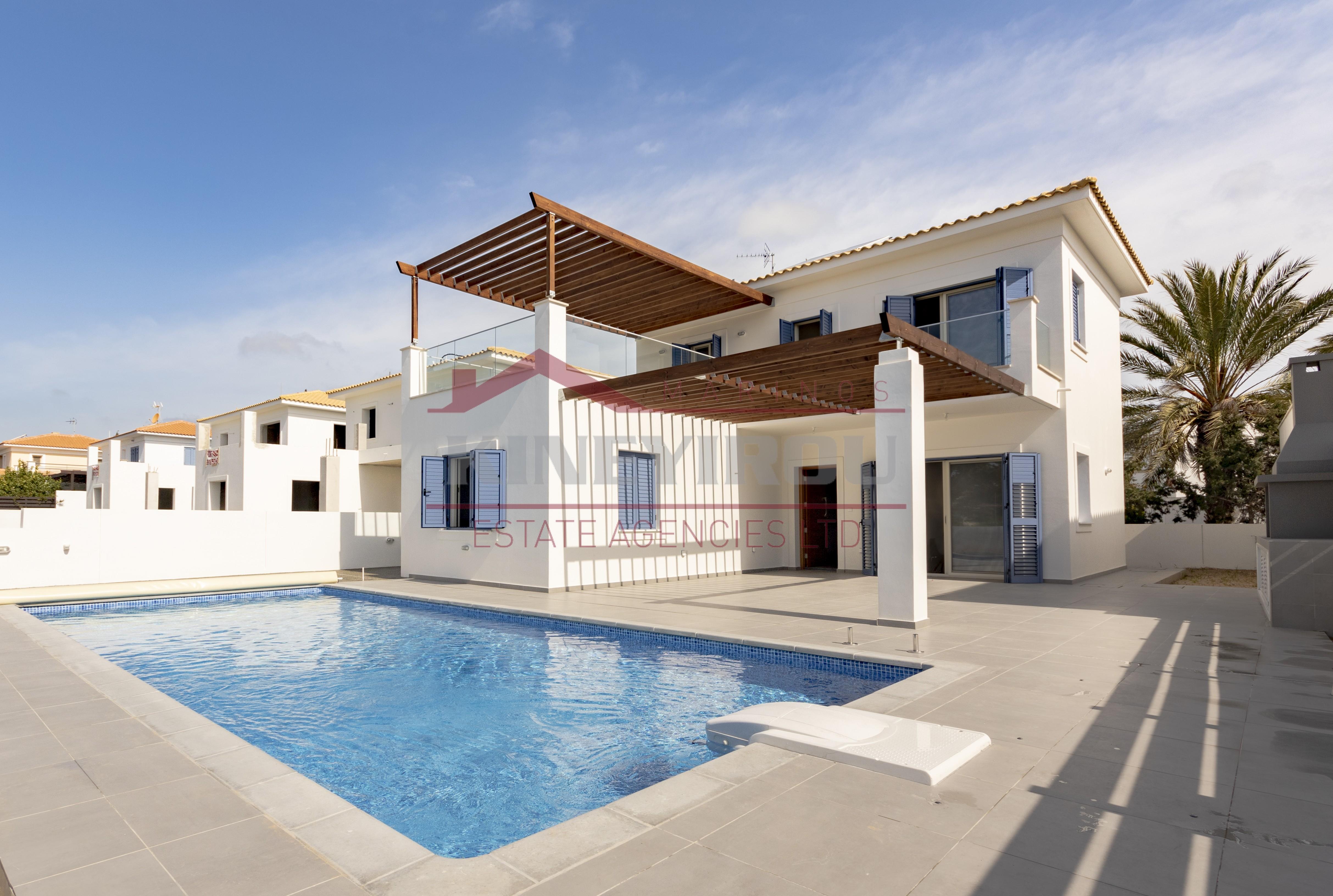 3 Bedroom House near the beach in Perivolia