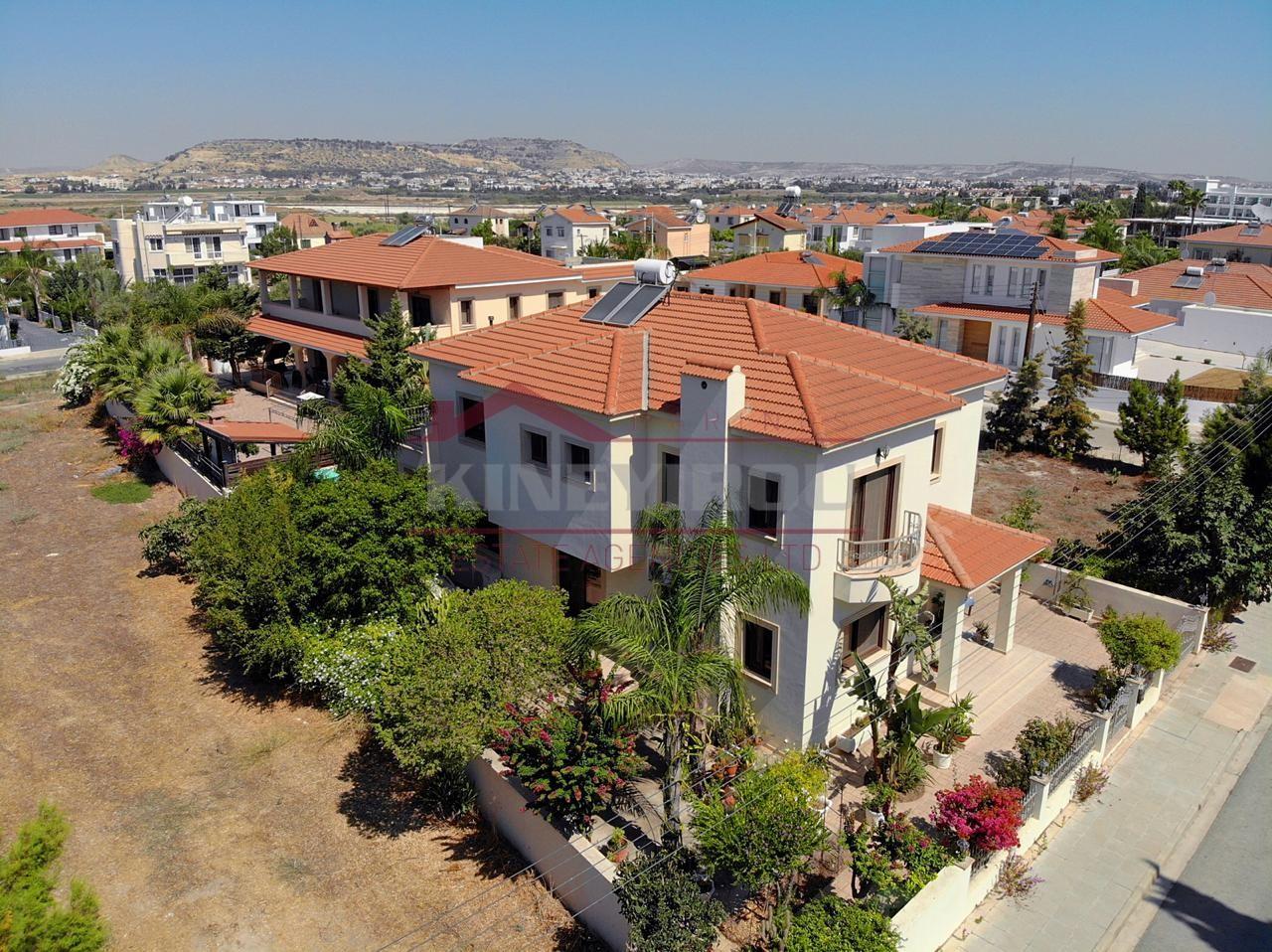 Luxury House In Dhekelia,Larnaca
