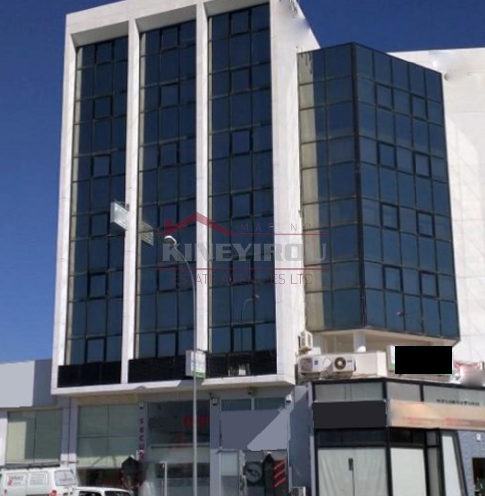 Office in Spyrou Kyprianou Avenue in Larnaca