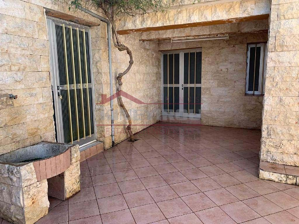 Traditional house in Koilineia, Paphos