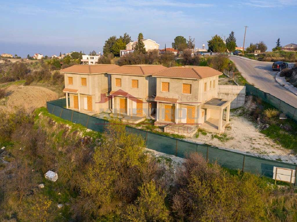 3 incomplete houses in Kampia, Nicosia