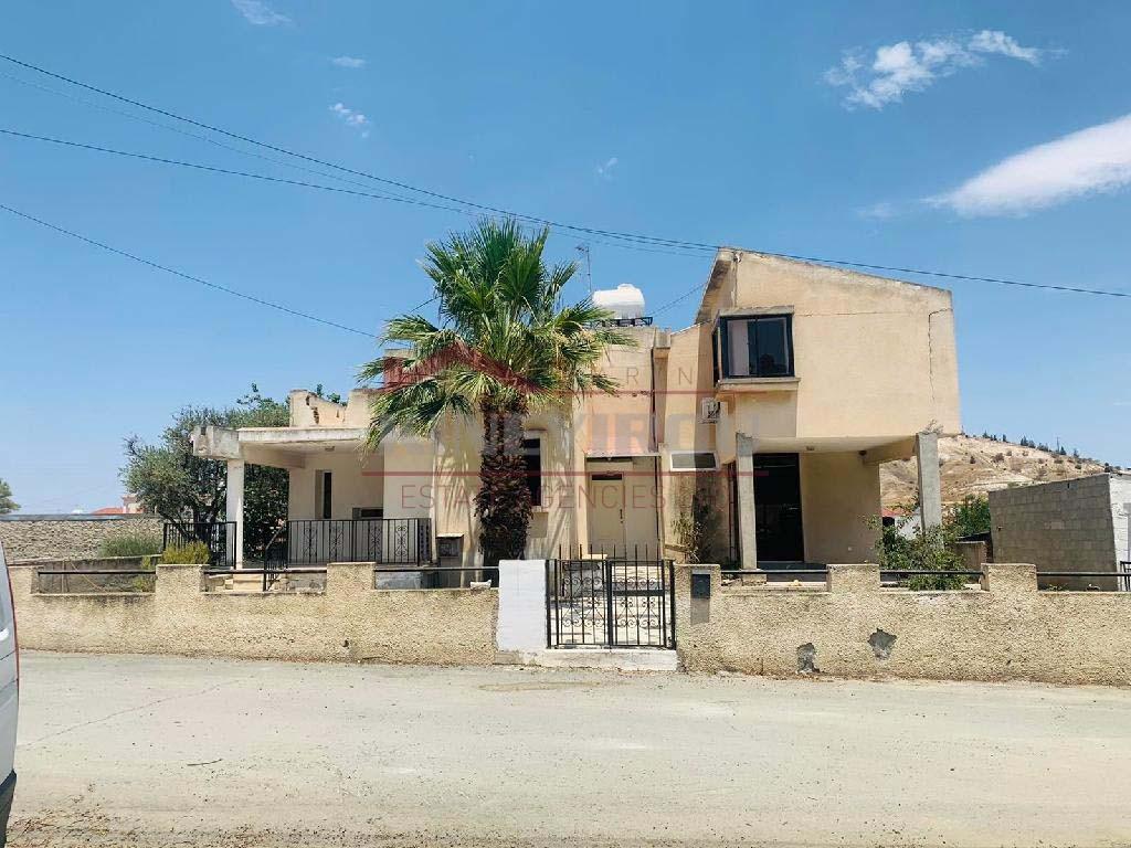 House in Agia Varvara Nicosia