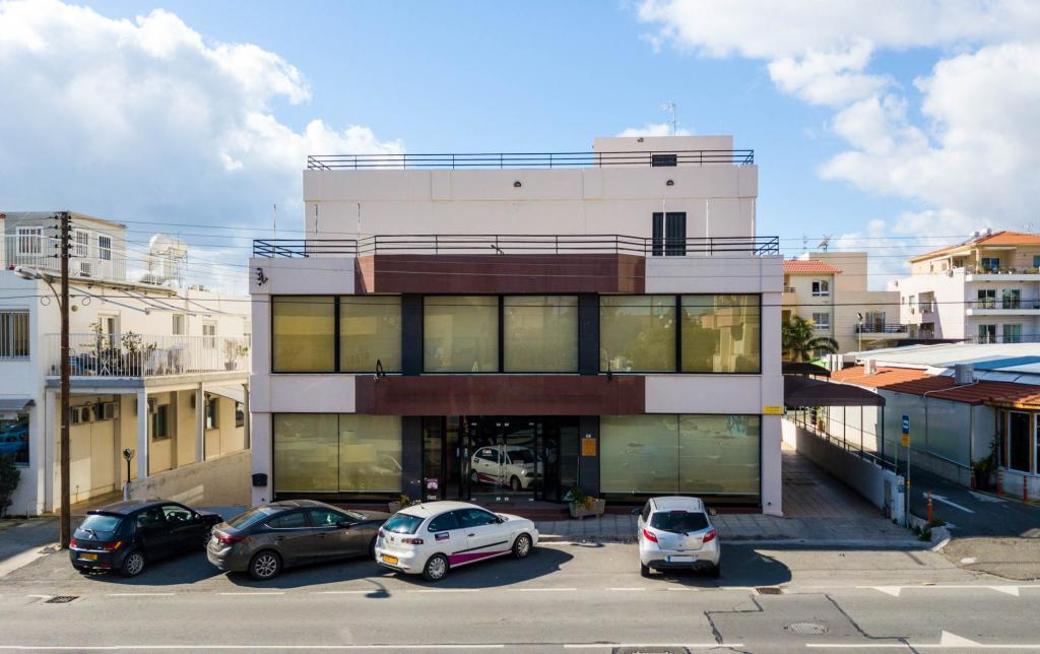 Building in Apostolos Petros and Pavlou, Limassol