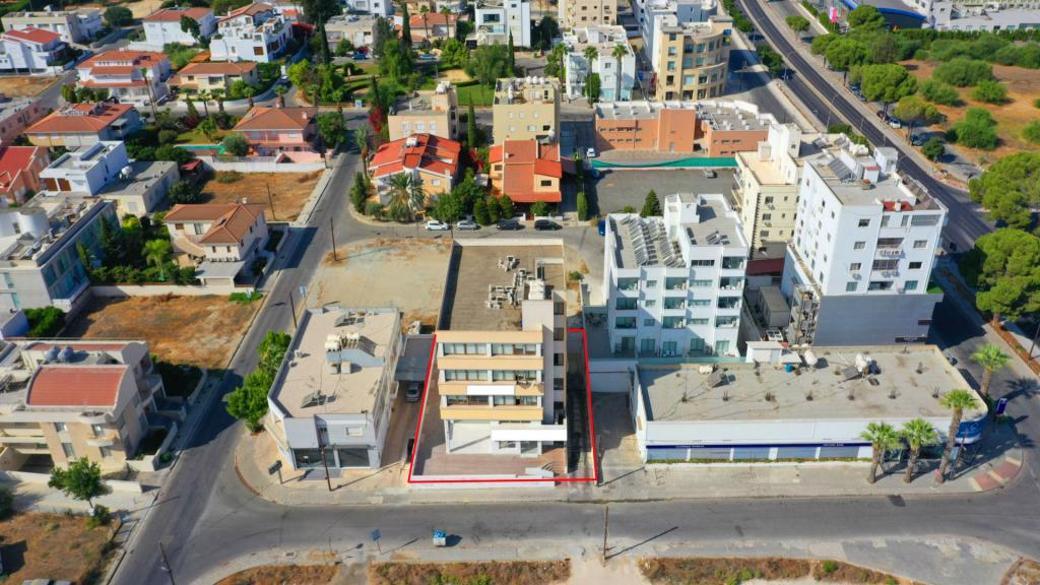 Mixed-use building in Egkomi, Nicosia