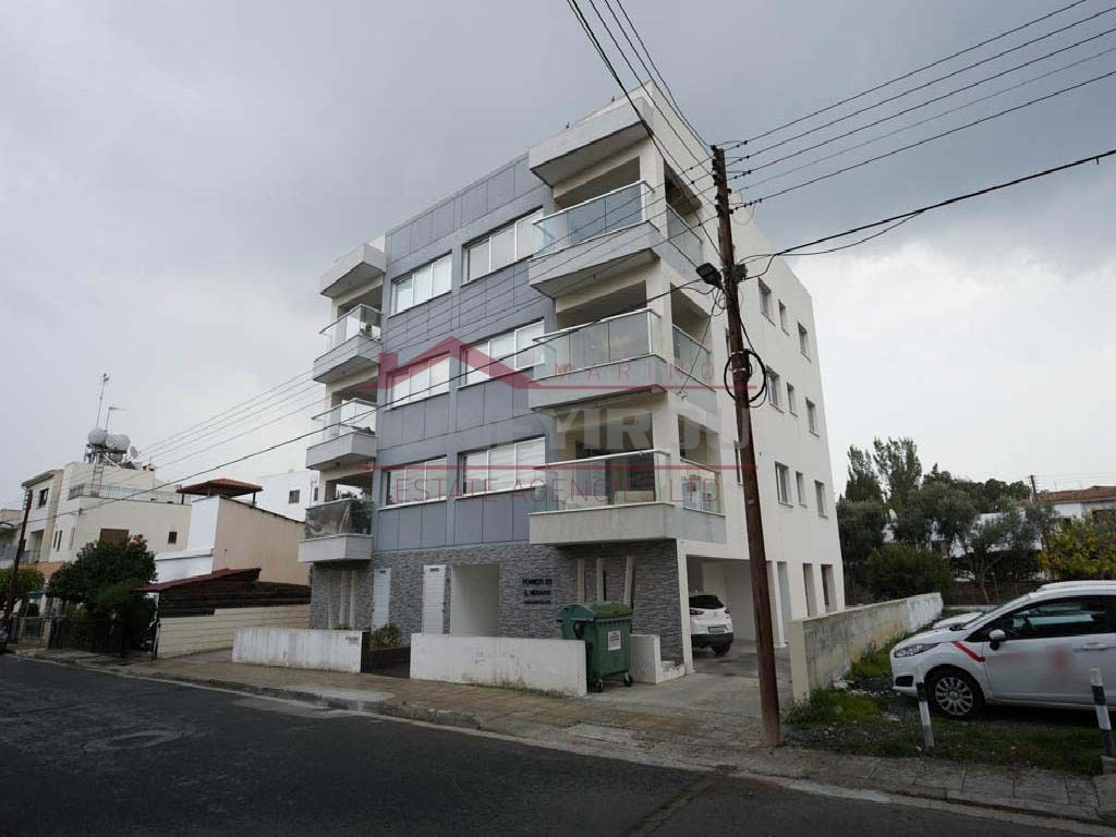 Flat with roof garden in Dasoupolis, Strovolos