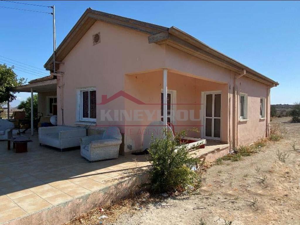 House in Deneia, Nicosia