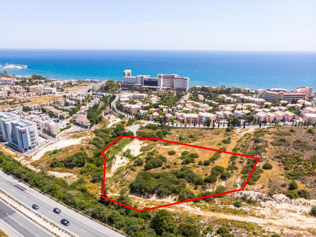Shared field in Agios Tychonas, Limassol