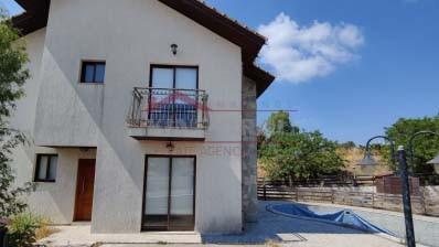 Three-Bedroom House in Eptagoneia, Limassol